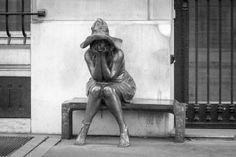 Statue Paris Photo by Valérie Gorris @vgr95