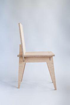 Krzesło klinowe: styl , w kategorii Jadalnia zaprojektowany przez Robert Pludra