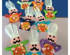 FREE-Chef-craft-idea- This page has a lot of free Chef craft idea for kids,paren… - DIY Selber Machen Preschool Food Crafts, Preschool Cooking, Bible Crafts For Kids, Toddler Crafts, Craft Activities, Art For Kids, Preschool Teachers, Kindergarten, Diy Arts And Crafts