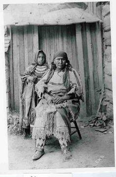 Mrs. Wolf Child с дочерью. 1906 год. Кайна??