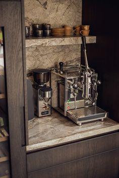 Luxury Kitchen Design, Kitchen Room Design, Kitchen Interior, Kitchen Decor, Home Door Design, House Design, Classical Kitchen, Coffee Nook, Home And Living