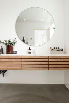 Møbel Oak Bathroom, Natural Bathroom, Family Bathroom, Bad Inspiration, Bathroom Inspiration, Dream Bathrooms, Amazing Bathrooms, Design Online Shop, Scandinavian Style Home