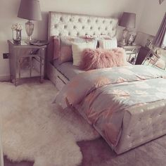 Teen bedroom themes must accommodate visual and function. Here are tips to create the coolest teen bedroom. Dream Rooms, Dream Bedroom, Pretty Bedroom, Bedroom Decor, Teen Bedroom, Bedroom Ideas, Bedroom Furniture, Girl Bedrooms, Bedroom Themes