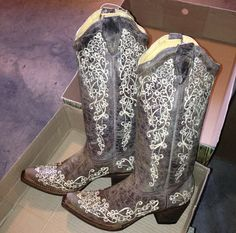 Corral Cowgirl Boots at RiverTrail in North Carolina. Brown Crater Bone. Corral Boots A1094.