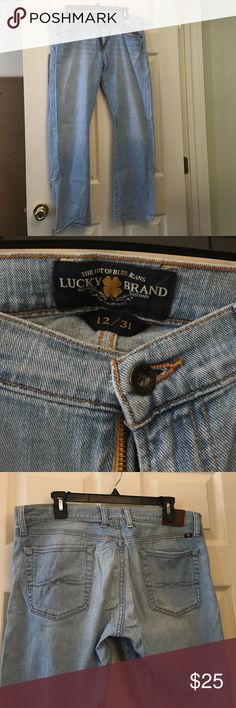 Lucky Jeans Light wash straight leg jeans. Super comfy for all day wear. There is a discoloration near the lucky brand patch (shown in pictures) and price reflects this. Lucky Brand Jeans Straight Leg