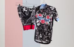 Betty Designs Tattoo Cycle Jersey and Short http://www.bicycling.com/bikes-gear/tested/13-womens-kits-that-make-you-want-to-ride-asap/slide/6