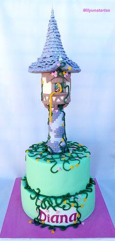 Tngled cake! Tarta torre Rapunzel
