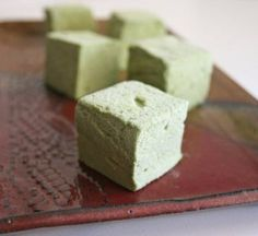 u•matcha™ green #tea is a bright addition to drinks, sweets or savory dishes. Try this unique and delicious Matcha Green Tea Marshmallow.