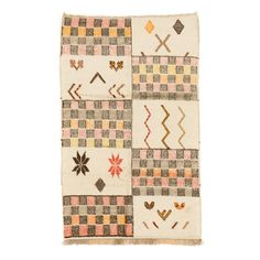 Kilim Rug 5.2 x 8.5 ft / 160 x 258 cm | Handmade in Morocco | BENISOUK Handmade Decorations, Kilim Rugs, Handmade Rugs, Artisan, Weaving, Mountains, Wool, Products, Roots