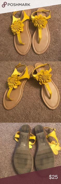 Golden Yellow Flower Sandals Beautiful flower sandal. Can be dressed up or dressed down. Lightly worn. Fashion Focus Shoes Sandals