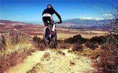 #mtb #nema Shot of the day of Amanda Cordell who tagged us in this pic on Hookit.com! Beautiful shot, Amanda! #realtruecycling - Nema Downhill MTB www.nemacycling.com