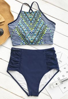 Calling all the trendsetting babes: Cupshe Riddle Story Print Bikini Set is just for you.Tie at back, high-waisted fit, placement print and shirring design at bottom sides. Find a spot on the sand to show off this bikini set!