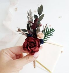 Flower boutonniere in Burgundy, navy, blush color with rose, leaves, dried flowers. These handmade boutonnieres will remain a keepsake for your friends and guests of the celebration. Price is for 1 boutonniere. Size cm/ x Rustic Boutonniere, Groomsmen Boutonniere, Boutonnieres, Rose Boutonniere, Fall Wedding Colors, Floral Wedding, Burgundy Wedding Flowers, Burgundy Bouquet, Rustic Wedding Flowers