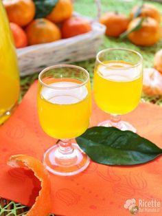 Mandarinetto o liquore al mandarino fatto in casa