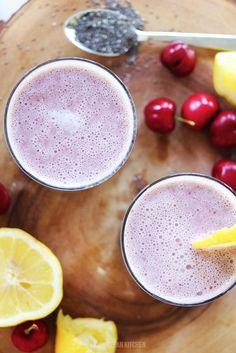 Cherry Lemonade Smoothie by Lexi's Clean Kitchen. #paleo