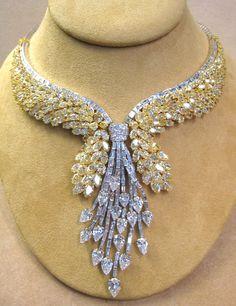 132cts yellow & white Diamonds in Platinum