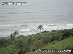 Tourist Attraction India: Vagator Beach Goa | family holiday place in goa