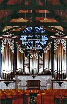 1995 Noack organ, Opus 128, at Christ the King Lutheran Church, Houston, Texas.