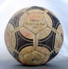 Original ADIDAS ESPANA soccer ball Italy vs Brazil 1982 Spain FIFA World Cup