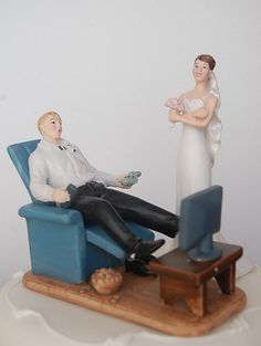 """TV/GAMER ADDICT"" Couch Potato Bride & Groom Funny Wedding Cake Topper"