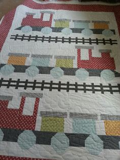 FQS Customer Projects: Janice's All Aboard quilt featuring Flats