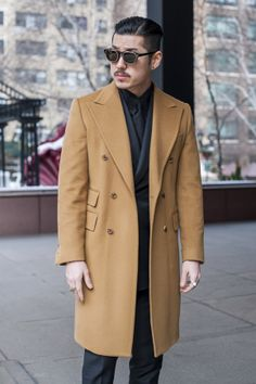 camel coat on a hottie Casual Blazer, Casual Outfits, Mens Fashion 2018, Camel Coat, Mens Clothing Styles, Men's Clothing, Work Casual, Fashion Advice, Dapper