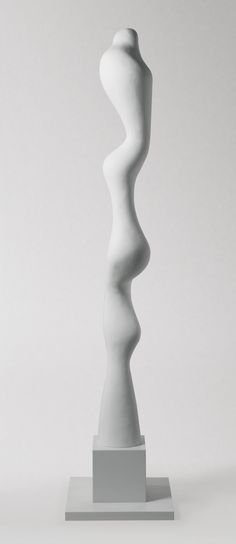 JEAN ARP 1886 - 1966 LA TRÈS GRANDE DAME Painted papier maché coated with plaster. Height: 94 1/2 in. Executed in 1960