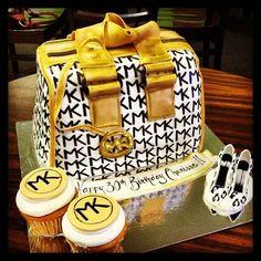 Purse cake MK