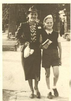 Joseph Kempler and his older sister Dziunka (Judy) Laub