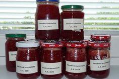 Jahodová marmeláda připravená ze dvou kilogramů jahod Hot Sauce Bottles, Kimchi, Salsa, Jar, Homemade, Canning, Syrup, Home Made, Salsa Music