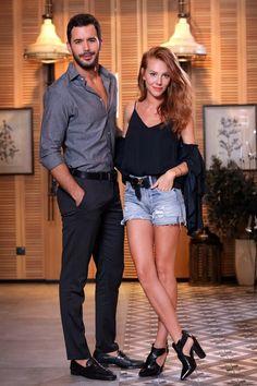 Kiralik Ask Official ( Turkish Women Beautiful, Turkish Men, Turkish Fashion, Turkish Beauty, Turkish Actors, Gorgeous Men, Hot Actors, Actors & Actresses, Scene Couples