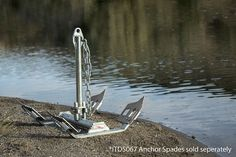Patent Pending Fish Fighter Folding Break Away River Anchor™ 32 Lb. (Columbia River Edition™) This 32lb anchor is perfect for boats up to 24ft in length that weigh under 6,000lbs fully-loaded.