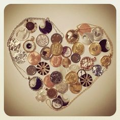 Mi Moneda chains and coins!