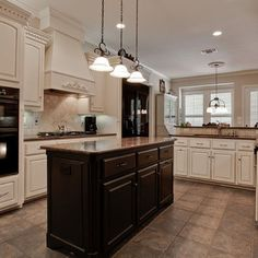Merveilleux Trying To Find Tiles That Will Compliment Black Appliances W White/off  White Cabinets