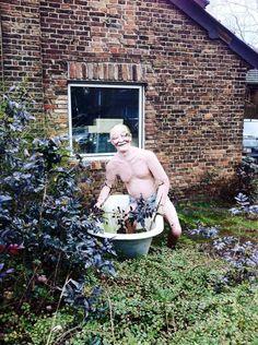 Der Badewannen - Mann in Meerbusch Strümp an der Xantener Str. - Ecke nahe Botex