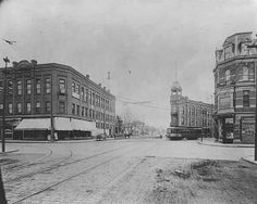 Remnants of the Streetcar Era | Saint Paul Historical | Rice and University: Looking north down University Avenue at the Rice and University intersection.  Date: Approximately 1900