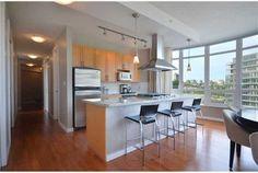 http://st.hzcdn.com/simgs/40c1e6e7008accc0_4-3666/modern-kitchen.jpg