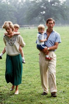 July Prince Charles carrying Prince Harry and Diana, Princess of Wales, carrying Prince William in the wild flower meadow at Highgrove in Tetbury, England Source: x Princess Diana Family, Princess Diana Pictures, Princes Diana, Prince And Princess, Princess Of Wales, Prince Charles, Prince William And Harry, Charles And Diana, Lady Diana Spencer