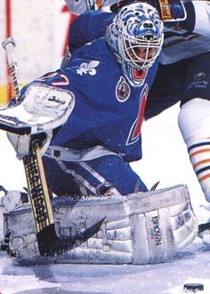 ron hextall in net for the quebec nordiques Goalie Gear, Goalie Mask, Hockey Goalie, Hockey Games, Hockey Players, Ice Hockey, Hockey Sport, Nhl, Quebec Nordiques