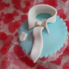 """""""Por el dia del padre regala #cupcakes  #fiestastematicas #mneventos  Pedidos al 0992199680  #cakepops Hermosos toppers para una #fiestastematicas  #mneventos expertos en #fiestastematicas #eventplanner #eventosecuador #bodas#quinceaños #weddingplanner #planner #events #guayaquil #samborondon #weddingdesign #weddingdesign"""" by @marthanoboa.  #bride #weddingday #weddingdress #weddingphotography #bridal #weddinginspiration #weddingphotographer #groom #свадьба #instawedding #casamento…"""