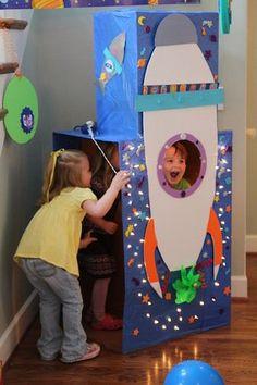 Ze+maakte+van+een+kartonnen+doos+dit+voor+haar+kinderen..+Supergaaf!