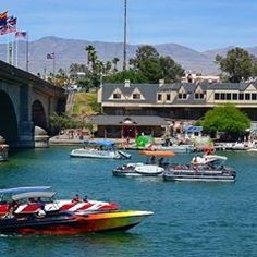 Lake Havasu residents enjoy 300 days of sunshine each year, low cost living and outdoor activities such as boating and fishing, golfing and kayaking, making Lake Havasu one of the best places to retire in the United States. Lake Havasu City Arizona, Spring Break Destinations, Lakefront Property, Outdoor Playground, Best Cities, Wonders Of The World, Great Places, Vacation, Favorite Things