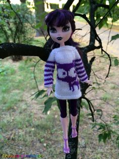 Monster High doll clothes.  Knitted White + Violet Sweater for Monster High and EAH dolls