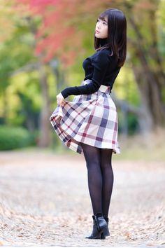 School Girl Japan, Japan Girl, Beautiful Japanese Girl, Beautiful Asian Girls, Cute Asian Girls, Cute Girls, Female Pose Reference, Asian Model Girl, Asian Models