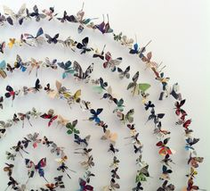 Paper butterflies by liza cake Butterfly Wall Art, Paper Butterflies, Butterfly Crafts, Recycled Magazines, Recycled Art, Diy And Crafts, Arts And Crafts, Paper Crafts, Diy Paper