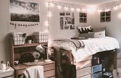 If you need ideas for cute dorm rooms, here are tons of cute dorm room decor ideas that will give you inspiration! These chic and cute dorm room ideas are affordable and perfect for a student budget. Dorm Room Styles, Dorm Room Designs, Design Room, Cute Dorm Rooms, College Dorm Rooms, Single Dorm Rooms, College Dorm Posters, Dorm Room Themes, College Room Decor