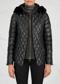DIEGO M black shell jacket Quilted, hooded, detachable fur trim, detachable sleeves, designer plaque, zipped cuffs, front zipped pockets, matte back, internal drawstring waist,fully lined Zip fastening through front 100% polyester; lining: 100% polyester; padding: 90% down, 10% feather; trim: 100% (rabbit) fur