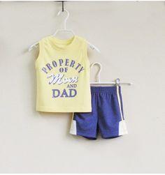 Mom and Bab Boys Set Sport - Property of Mom and Dad - sadinashop.com  Baju setelan (kaos dan celana pendek) untuk bayi dan anak.