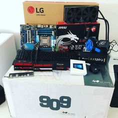 Our boss has just built a gaming PC with his son. Some awesome hardware here! More: http://www.tweaktown.com