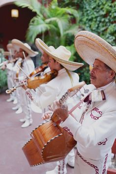 Mariachi Band   MEXICO DESTINATION WEDDING , The song in the mariachi repertoire deal with element human theme, love, death, revoluation - yet their spirited delivery encourage people to dance.  They play guitar called vihuela and wear charro suite.  The style of music became more European style.
